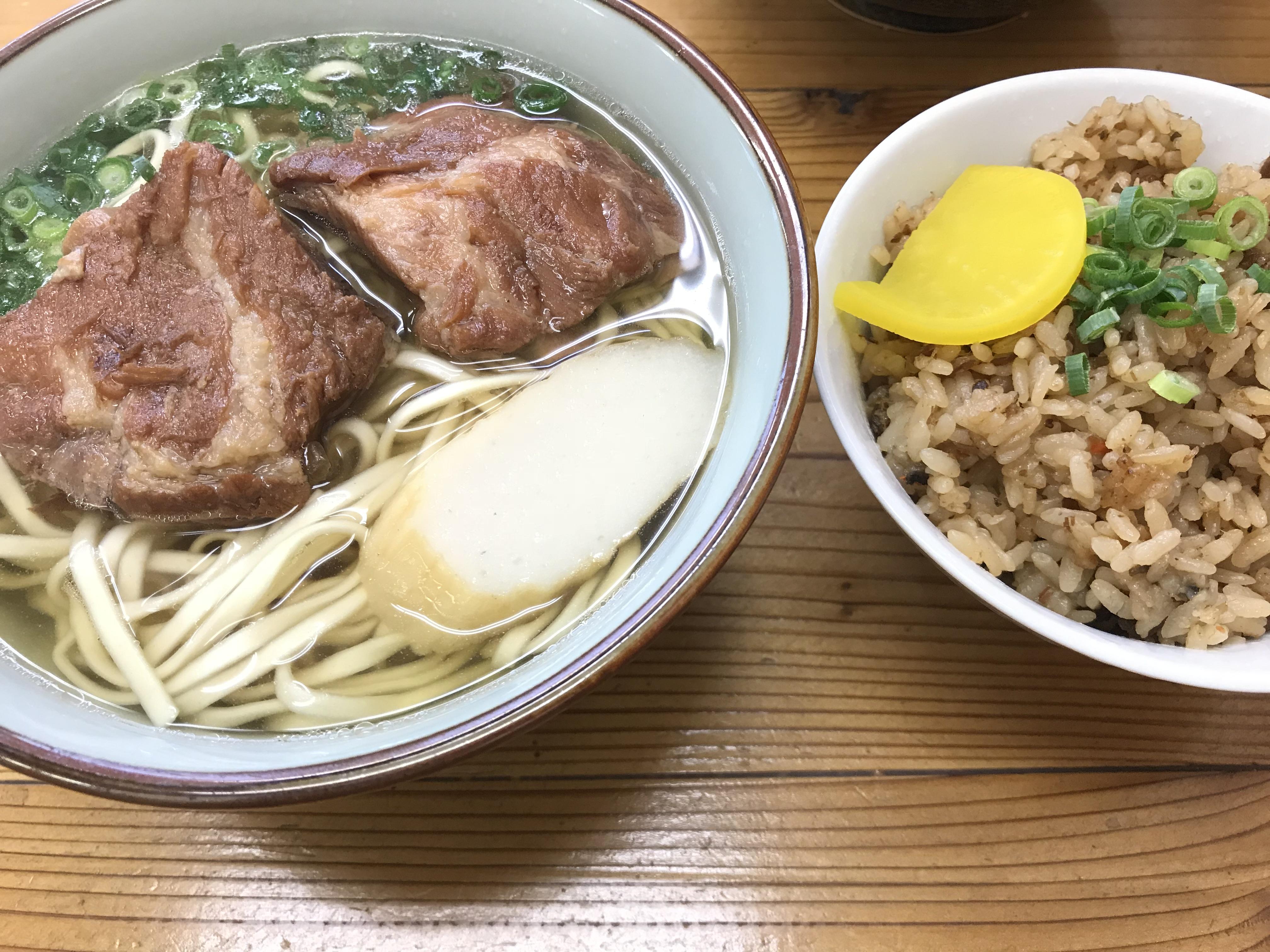ソーキ蕎麦